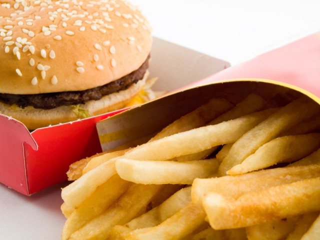 Fast-Food-and-Health-1-640x480