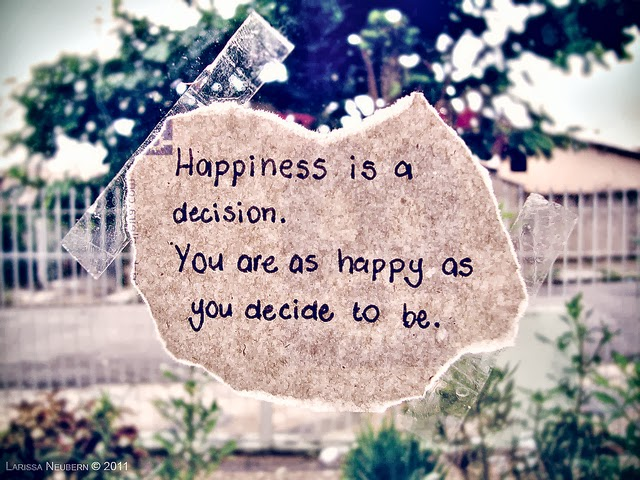 happiness-quotes-be-happy-finding-happiness-movie - Copy (1)