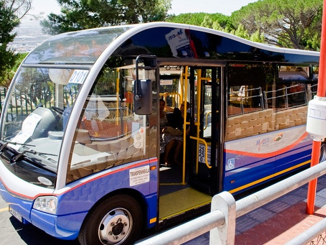 The-smaller-MyCiTi-bus
