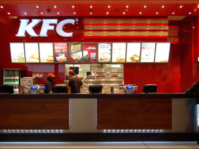 kfc_restaurant_fitted_with_opticolour_red_glass_wall_panels_1_09820211215