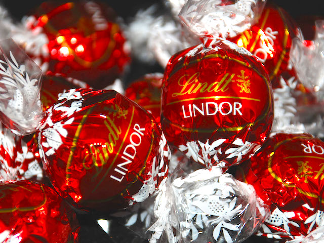 lindt-balls-wrappers