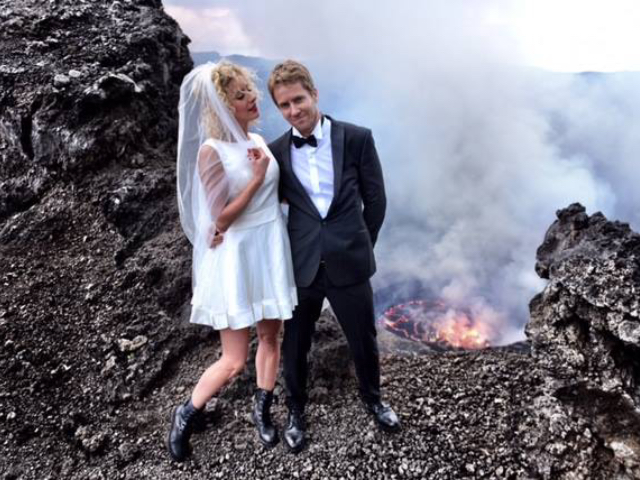 Possibly The Worst Wedding Photo Shoot Ever Images