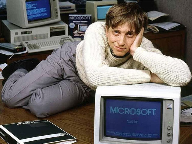 Bill Gates Has Taken His Favourite Books Announcement To The