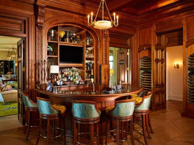 An Expert S Guide To Stocking Your Home Bar Like A Proper