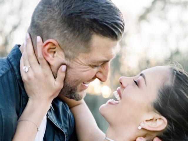 Miss Universe 2017 Demi Leigh Nel Peters Engaged To Us Sports Star