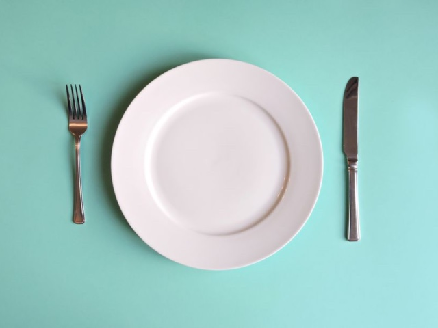 Let's Chat About This New Fasting Diet Craze That Could Lead To Eating Disorders