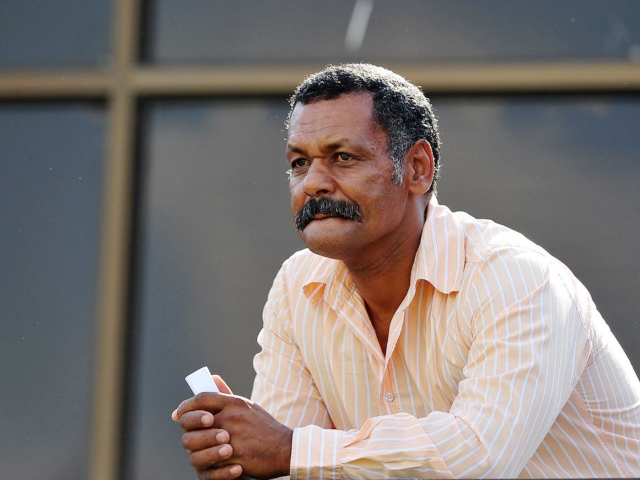 Peter De Villiers And Beast Mtawarira Won't Be Sharing A Beer Any Time Soon  –  2oceansvibe.com