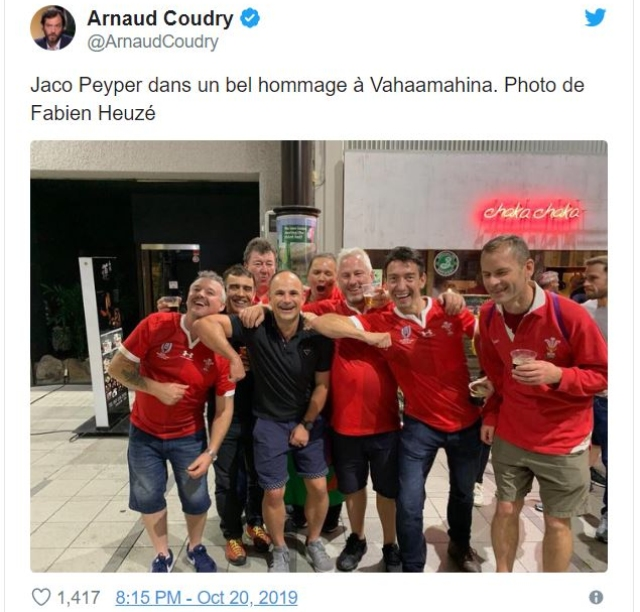 World Rugby Investigating Photo Of Ref Jaco Peyper With Welsh Fans